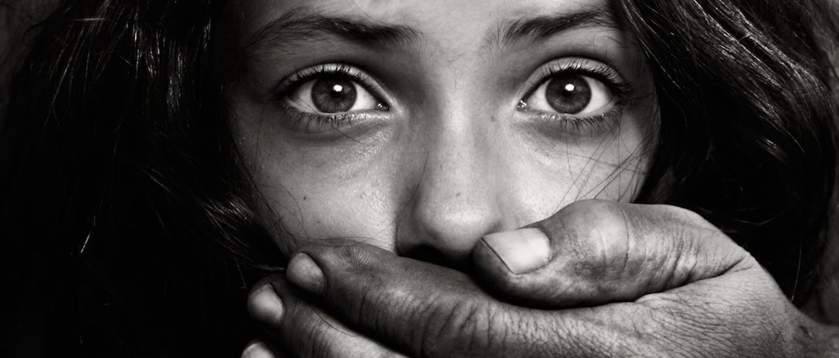 Are human trafficking and kidnapping linked in South Africa?